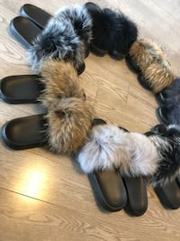 Fur slipper slides