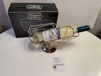 Elegance Silver Plated wine holder (wine not included) Toronto, M9B 0A2