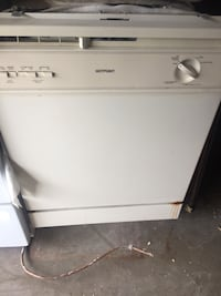white front-load clothes washer San Juan, 78589