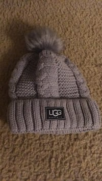 fitted ugg hat 69 mi