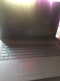 HP LAPTOP LIGHTWEIGHT ALMOST BRAND NEW