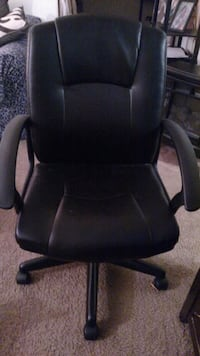 Computer chair, great condition $20 Liverpool, 13090