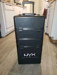 NYX PROFESSIONAL MAKEUP CARRIER