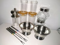 13 pc Kitchen items plastic&glass&stain steel 548 km