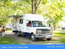 [For Rent by Owner] 2002 Forest River Lexington M230