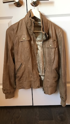Guess faux leather bomber size xs