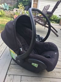 baby's black car seat carrier Innisfil, L9S 4N3