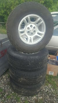 Early 2000 Durango Rims & Tires . Baden, N3A 2M4