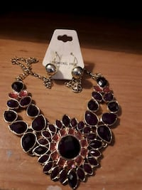 Large floral necklace and earring set brown Edmonton, T5S 2B4