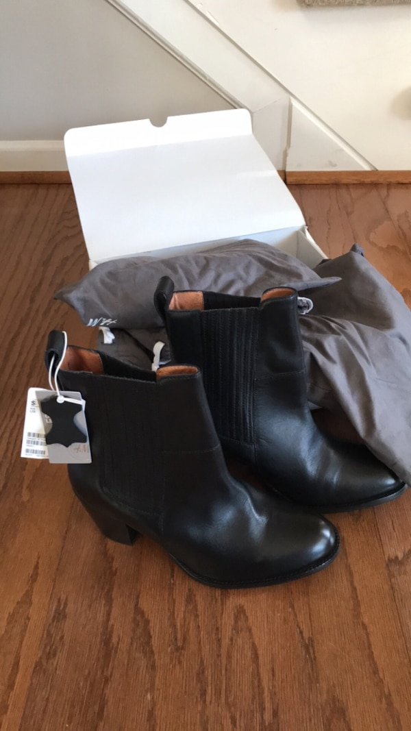 H & M black leather boots size 8 brand new in box