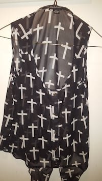 black and white crucifix pattern scoopneck sleeveless top