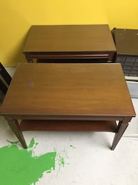 2 vintage end tables  Mississauga, L5M
