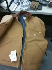 sized medium.  It states large but runs smaller lined brand new Carrhart jacket Plaistow, 03865