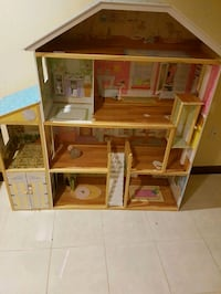 Doll house Vaughan, L4L