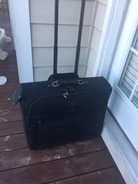 Suitcase luggage black great condition  Fayetteville, 28306