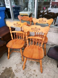 4 chaises solide  Longueuil