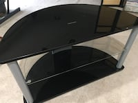 Tv stand - CURBSIDE PICK UP Silver Spring, 20905