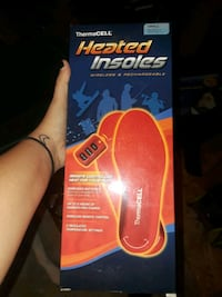 Heated insoles small. Cincinnati, 45239