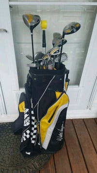 black and yellow golf bag with golf clubs Richlands, 24641