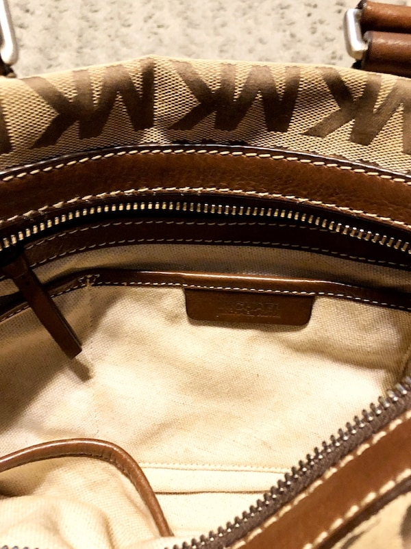 Michael Kors brookville bag Paid $348 Like new! Pristine condition  4