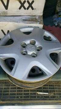2005 honda accord rims w covers Palmdale, 93552