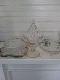 two clear glass candle holders Thomaston, 30286