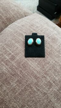 Solid sterling turquoise earrings Boxford, 01921