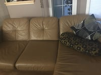EQ3 leather chaise/loveseat and accent chair Regina, S4T