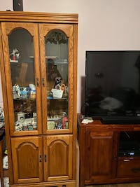 Curio and Book shelf cabinets Beltsville, 20705