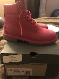 Timberland boots(pink) Temple Hills, 20748