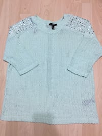 Forever 21 3/4 sleeve sweater size small