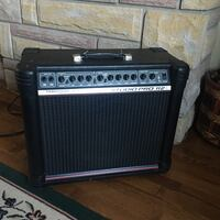 """Peavy guitar Amp  The Bandit 12"""" with blue  Marvel speaker mint 2018"""