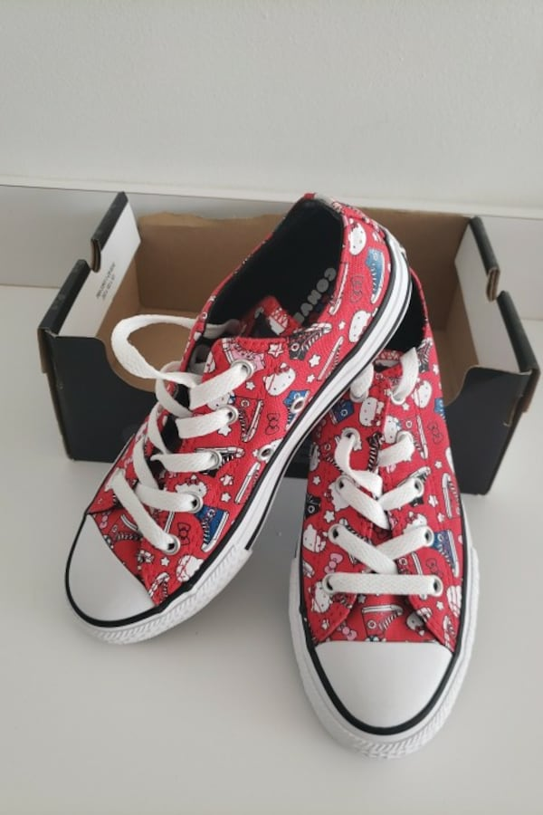 Converse sneakers  0