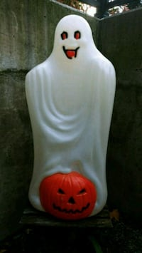 Vintage Halloween Ghost with Pumpkin Blow Mold Toronto, M3M 0A2