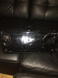 Guess bag very good condition used once  Toronto, M9R 2K5