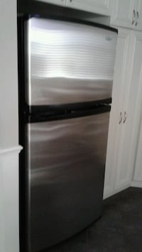 stainless steel top-mount refrigerator Laval, H7K