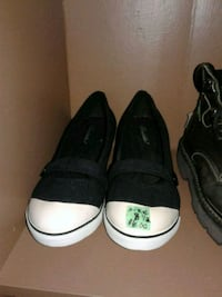 pair of black-and-white low top sneakers Calgary, T3B 0T3