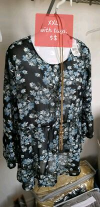 black and white floral long-sleeved shirt Brampton, L6R