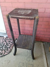 brown and black wooden side table Williamsport, 17701