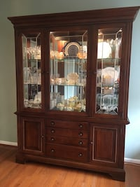 Gorgeous china cabinet, solid walnut Leesburg, 20176