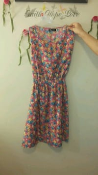 Women's summer dress Guelph, N1E 3V7