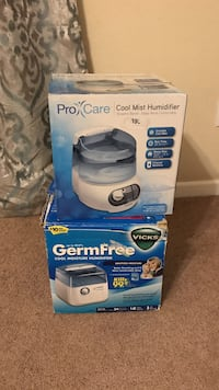 Two humidifier boxes