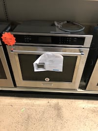 Kitchen-Aid brand new stainless steel Single Wall Oven with warranty o