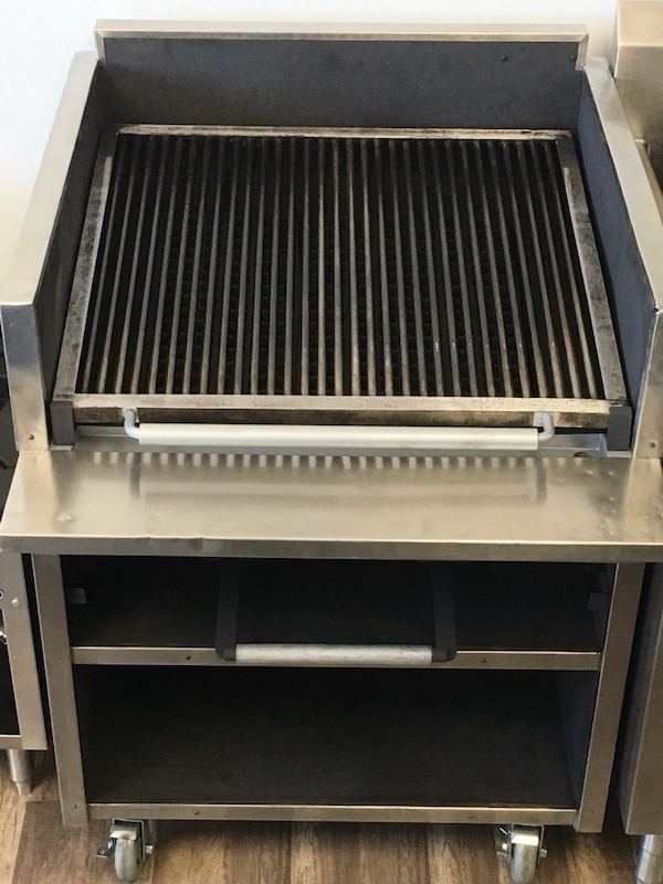 "30"" Magic kitchen Char-Grill With melter"