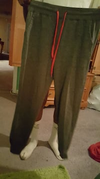 Mens joggers size medium
