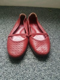 Leather shoes  Hamilton, L8M 2V7