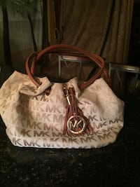 Authentic michael kors hand bag Wilmer, 36587