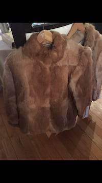 Real fur coat large brand new  Dorval