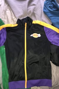 Jacket bundle Hyattsville, 20782