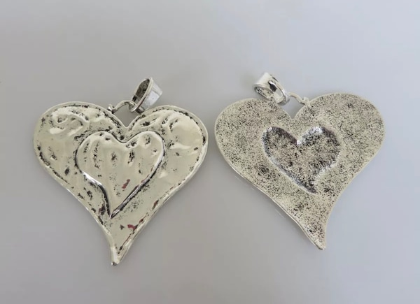 Beautiful Large Abstract metal allow HEART pendants. 5468aa68-1a23-4b45-93f1-06a47ed05451